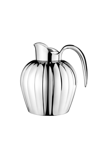Georg Jensen Bernadotte Stainless Steel Thermo Jug 0,8L - H: 7.4 inches. L: 7.44 inches. Ø: 6.3 inches.