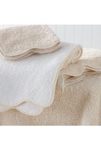 MATOUK Cairo Scallop Bath Towel 30x52 - Available in 8 Colors
